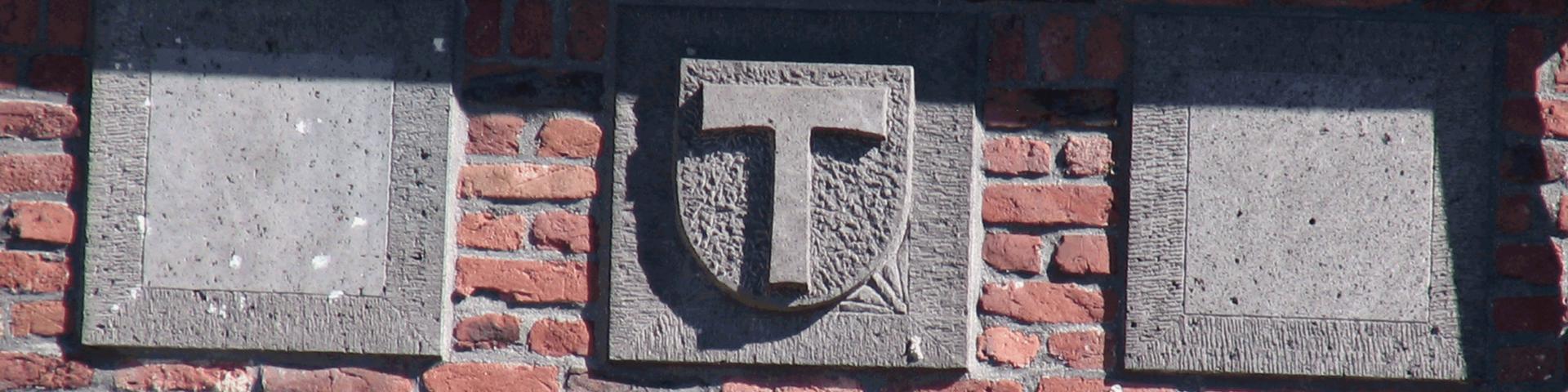 Steinernes Gemeindewappen der Gemeinde Sankt Tönis
